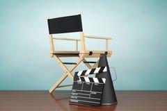 秋天老照片样式城镇 Chair主任,电影拍板和扩音机 免版税图库摄影