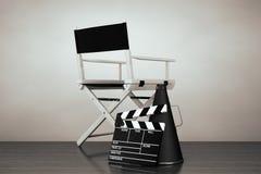秋天老照片样式城镇 Chair主任,电影拍板和扩音机 图库摄影
