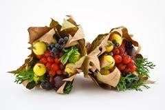 秋天通配花束的果子 库存照片