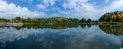 秋天颜色厄尔打包多伦多 图库摄影