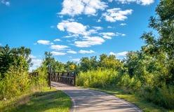 秋天颜色在Cedar Falls,衣阿华 免版税库存照片