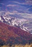 秋天风景在一个国家公园Mala Fatra,斯洛伐克, Carpat 免版税库存图片