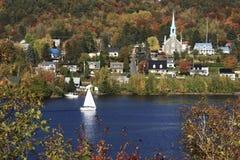 秋天风景在魁北克,加拿大 库存图片