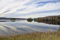 秋天Adirondack湖没有水的反射 13 图库摄影