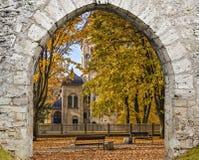 秋季公园在Jurmala, Dubulti,拉脱维亚 免版税库存图片