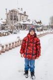 秋明州,俄罗斯少年在co的背景 库存图片
