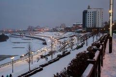 秋明州,俄罗斯- 11月05 2016年:冬天夜风景从 免版税库存照片