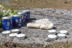 种族灭绝的受害者的记忆在奥斯威辛比克瑙集中营的  库存图片
