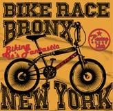 种族骑自行车的人车库修理公司象征和摩托车俱乐部联赛 免版税库存图片