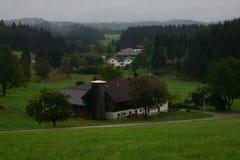 种田在农村奥地利 免版税库存照片