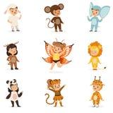 种类在动物服装乔装中愉快和准备好万圣夜化妆舞会逗人喜爱的假装的婴儿的党汇集 向量例证