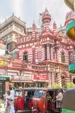 科伦坡,斯里兰卡- 11月1 :拥挤的街市场在斯里兰卡 免版税库存图片