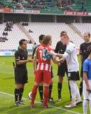 科多巴,西班牙- 3月17 :球员标注姓名起首字母对准线在比赛同盟科多巴期间(W)对市政体育场的o阿尔梅里雅(r) (4-1) 库存图片