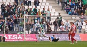 科多巴,西班牙- 3月17 : 弗朗西斯科Jim�nez W (9)在比赛同盟科多巴期间的行动(W)对阿尔梅里雅(r) (4-1) 库存照片