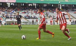 科多巴,西班牙- 3月17 : Iago在行动的Falqu� R (14)在比赛同盟科多巴期间(W)对阿尔梅里雅(r) (4-1) 库存图片