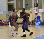 科多巴,西班牙- 9月14 :DESHAUN行动的托马斯B (23)在比赛巴塞罗那足球俱乐部(b)期间对钶Munic的塞维利亚(G) (91-85) 库存图片