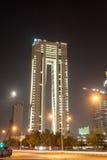 科威特的姊妹楼在晚上 免版税库存照片
