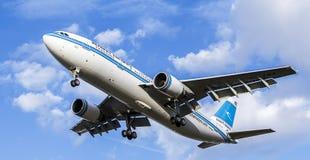 科威特频道喷气式客机 空中客车A300-600 免版税图库摄影