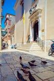科孚岛市,希腊- 2011年7月1日:T的圣徒Spyridon教会  库存照片