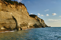 科孚岛海岛的峭壁 库存照片