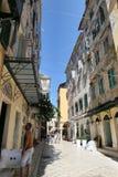 科孚岛镇Kerkyra都市风景有它的历史房子的和 库存照片