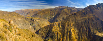 科尔卡峡谷全景 免版税库存图片