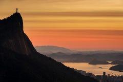 科尔科瓦多湾山看法在日出的EditMoveRe-importQueueESPDelete里约热内卢 图库摄影