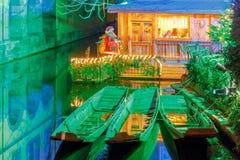 科尔马 在圣诞节的城市运河 免版税库存图片