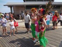 2013年科尼岛美人鱼游行154 免版税库存图片