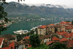 科托尔湾是一个美妙的自然海湾在黑山 免版税库存照片