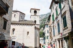 科托尔,黑山- 2015年8月10日:在科托尔联合国科教文组织镇老镇的看法在黑山 免版税库存图片