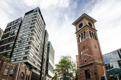 科技大学、有偶象钟楼的悉尼UTS和图书馆位于Haymarket,唐人街 免版税库存图片
