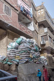 科普特人的基督徒在Zabbaleen垃圾城市贫民窟Manshiyat纳赛尔,开罗埃及 库存图片
