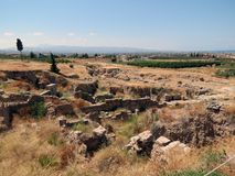 科林斯湾、古老废墟和伯罗奔尼撒的看法 库存图片