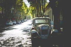 科洛尼亚德尔萨克拉门托,乌拉圭- 2018年2月03日:老汽车同水准 免版税库存图片