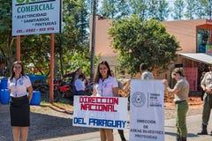 科洛尼亚省Independencia,巴拉圭- 2018年5月14日:在Republick巴拉圭美国独立日的游行  免版税库存照片