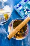 科涅克白兰地和雪茄 库存图片