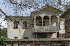 科索沃,保加利亚村庄有地道19世纪房子的 库存图片