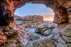 科罗娜del Mar洞视图 免版税库存照片
