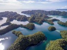 科罗尔海岛在帕劳 群岛,一部分的密克罗尼西亚地区 免版税库存照片
