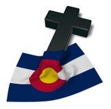 科罗拉多基督徒十字架和旗子  皇族释放例证