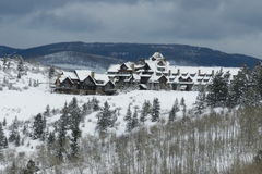 科罗拉多比弗河的滑雪小屋 免版税库存图片