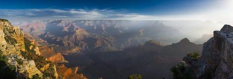 科罗拉多河的美国大峡谷 免版税库存图片