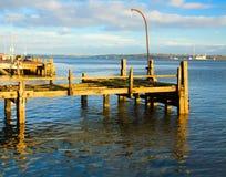 科芙,爱尔兰- 11月26 :老力大无比的码头 免版税库存图片