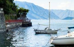 科莫湖小船 库存图片