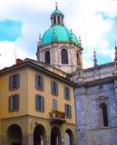 科莫湖的中世纪科莫大教堂在伦巴第,意大利 库存照片