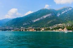 科莫湖美丽的景色在意大利 免版税库存图片