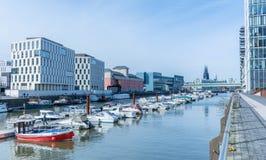 科隆港口和小游艇船坞 免版税库存图片