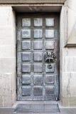 科隆,德国大教堂古铜色后门  免版税库存图片