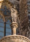 科隆,德国- 2017年1月19日:在大教堂旁边的雕刻的纪念碑 库存照片